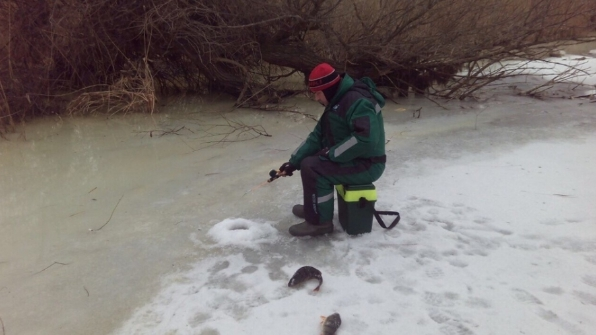Features of ice fishing